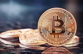 bitcoin-banking-trends.jpeg